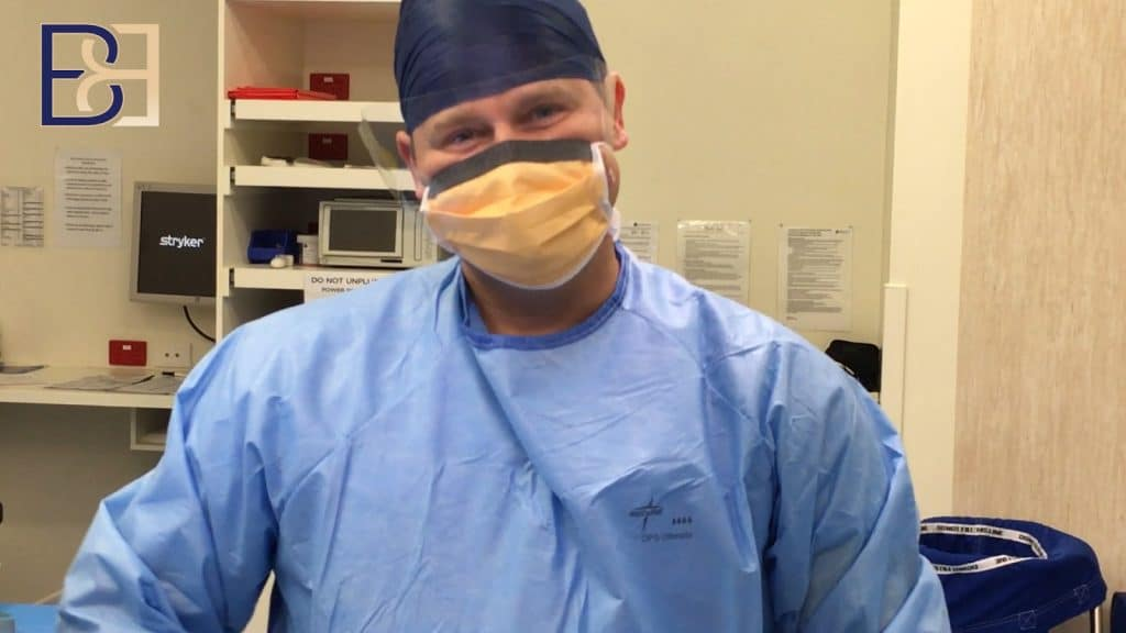 Dr Beldholm in OT